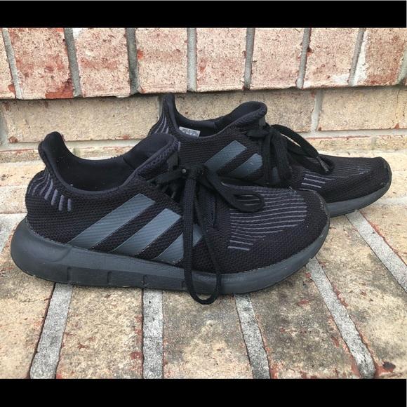 abd8b5ad73931 adidas Other - Adidas Swift Run 3 Boys size 7 (Big Kids)
